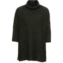 Sweter oversize bonprix nocny oliwkowy. Niebieskie golfy damskie marki bonprix, z nadrukiem. Za 69,99 zł.