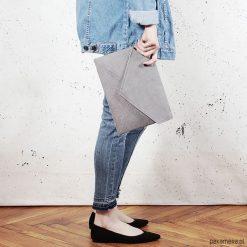 Torebki i plecaki damskie: Kopertówka Letter szara / vegan