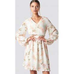 Trendyol Sukienka mini Powder Flower - Beige. Szare sukienki koronkowe marki Trendyol, na co dzień, casualowe, midi, dopasowane. Za 161,95 zł.