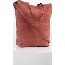 KIOMI Torba na zakupy peach brown. Pomarańczowe torebki klasyczne damskie KIOMI. W wyprzedaży za 167,20 zł.