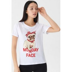 T-shirt z mopsem - Biały. Białe t-shirty damskie marki House, l. Za 25,99 zł.