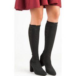 AŻUROWE KOZAKI NA SŁUPKU. Czarne buty zimowe damskie Merg, na słupku. Za 100,00 zł.