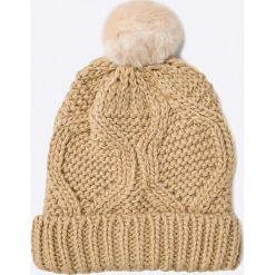 Only - Czapka. Różowe czapki zimowe damskie ONLY, na zimę, z dzianiny. W wyprzedaży za 24,90 zł.