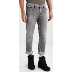 Calvin Klein Jeans Jeans Skinny Fit grey brick cmf. Szare jeansy męskie relaxed fit marki Calvin Klein Jeans. W wyprzedaży za 359,20 zł.