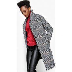 Płaszcze damskie pastelowe: Płaszcz w kratę