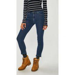Lee - Jeansy Scarlett. Niebieskie jeansy damskie rurki Lee, z bawełny. Za 299,90 zł.