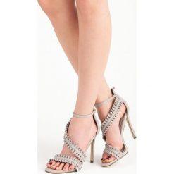 Sandały szpilki z falbanką ADELAIDE. Szare rzymianki damskie SEASTAR. Za 89,90 zł.