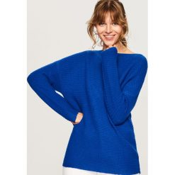 Sweter z prostym dekoltem - Niebieski. Niebieskie swetry klasyczne damskie marki Reserved, l. Za 59,99 zł.
