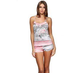 Bermudy damskie: Piżama w kolorze różowo-szarym ze wzorem – koszulka, spodenki