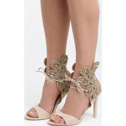 Beżowe Sandały Lovely Kiss. Brązowe sandały damskie marki Born2be, z materiału, na wysokim obcasie, na obcasie. Za 149,99 zł.