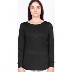 """Koszulka """"Rosie"""" w kolorze czarnym. Czarne bluzki longsleeves marki Ateliers de la Maille, z aplikacjami, z okrągłym kołnierzem. W wyprzedaży za 136,95 zł."""