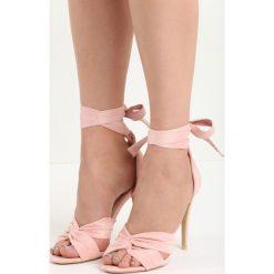 Różowe Sandały Domestic. Czerwone sandały damskie marki Born2be, z materiału, na wysokim obcasie, na obcasie. Za 69,99 zł.