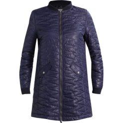 Płaszcze damskie pastelowe: Betty & Co Krótki płaszcz night sky