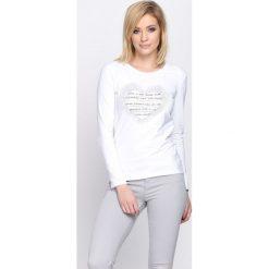 Biała Bluzka Perception. Białe bluzki asymetryczne Born2be, l, z aplikacjami, z okrągłym kołnierzem, z długim rękawem. Za 34,99 zł.