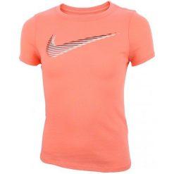 Nike Koszulka G Nsw Tee Lentic Swoosh L. Pomarańczowe t-shirty dziewczęce Nike, z okrągłym kołnierzem. W wyprzedaży za 49,00 zł.