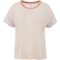 Rag & bone PAYTEN Tshirt z nadrukiem pink cloud. Czerwone t-shirty damskie rag & bone, m, z nadrukiem, ze lnu. Za 569,00 zł.