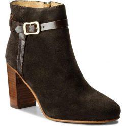 Botki GANT - Alma 15541051 Dark Brown N46. Brązowe buty zimowe damskie GANT, ze skóry, na obcasie. W wyprzedaży za 409,00 zł.