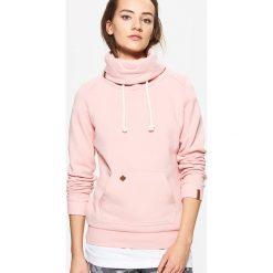 Bluzy damskie: Bluza z kołnierzem – Różowy