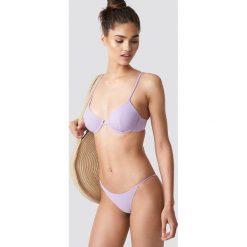 NA-KD Swimwear Dół bikini z cienkim paseczkiem - Purple. Fioletowe bikini NA-KD Swimwear. Za 19,95 zł.