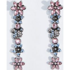 Kolczyki damskie: Długie kolczyki z motywem kwiatów – Srebrny