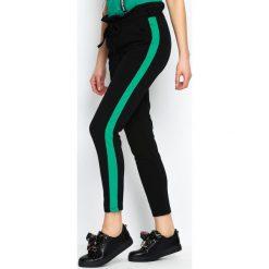 Spodnie dresowe damskie: Czarno-Zielone Spodnie Dresowe Two Colors
