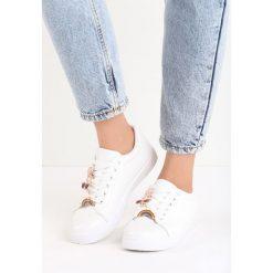 Buty sportowe damskie: Białe Buty Sportowe Pyn