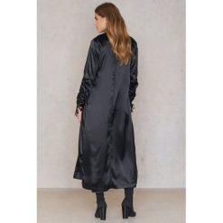 Boohoo Płaszcz z marszczeniami przy rękawach - Black. Czarne płaszcze damskie marki Boohoo, l, z poliesteru. W wyprzedaży za 42,59 zł.