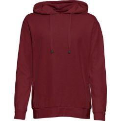 Bluza z kapturem, luźniejszy fason, długi rękaw bonprix czerwony rubinowy. Czerwone bluzy z kapturem damskie bonprix, z długim rękawem, długie. Za 54,99 zł.