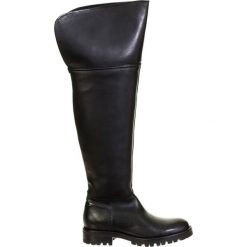 Buty zimowe damskie: Skórzane kozaki w kolorze czarnym