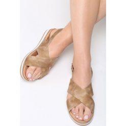 Ciemnobeżowe Sandały Resourceful. Brązowe sandały damskie vices, na płaskiej podeszwie. Za 74,99 zł.