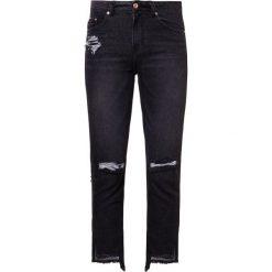 Steve J & Yoni P / SJYP HEM CUT OFF  Jeansy Slim Fit black. Niebieskie jeansy damskie bootcut marki bonprix. W wyprzedaży za 629,50 zł.