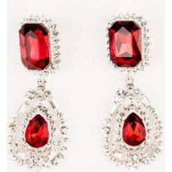 Kolczyki damskie: NA-KD Party Duże, wiszące kolczyki z kryształami – Red,Multicolor,Silver