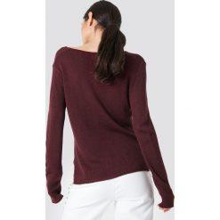 Swetry klasyczne damskie: Rut&Circle Sweter dzianinowy z dekoltem V Ninni – Red