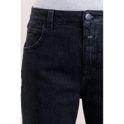 CLOSED HEARTBREAKER Jeansy Straight Leg grey denim. Szare jeansy damskie CLOSED. W wyprzedaży za 411,95 zł.