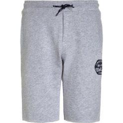 Timberland Spodnie treningowe meliertes grau. Czerwone spodnie chłopięce marki Timberland, z materiału. Za 199,00 zł.