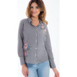Czarna koszula w kratę z haftem 21275. Białe koszule damskie marki Fasardi, l. Za 59,00 zł.