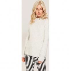Sweter z półgolfem - Kremowy. Białe swetry klasyczne damskie marki House, l. Za 79,99 zł.
