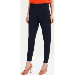 Spodnie dresowe damskie: 2ndOne SILJA Spodnie treningowe dark blue