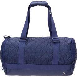 Torba na ramię damska TPD600 - ciemny granatowy - Outhorn. Niebieskie torebki klasyczne damskie Outhorn, w paski, z materiału, pikowane. W wyprzedaży za 44,99 zł.