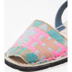 Solillas RUSTIC Sandały blue. Niebieskie sandały damskie Solillas, z materiału, z otwartym noskiem. W wyprzedaży za 203,40 zł.