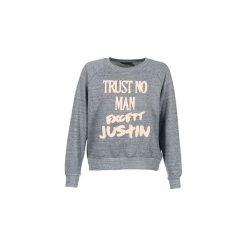Bluzy Eleven Paris  TRUSTIN JP. Czerwone bluzy damskie marki Guess, l. Za 207,20 zł.