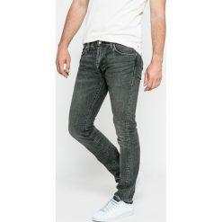 Levi's - Jeansy 511. Brązowe jeansy męskie relaxed fit Levi's®. W wyprzedaży za 269,90 zł.