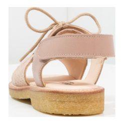 ANGULUS Sandały rose glitter/makeup. Czerwone sandały chłopięce ANGULUS, z materiału. Za 449,00 zł.
