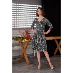 Sukienki hiszpanki: Sukienka Hypatia Flora granatowa 32
