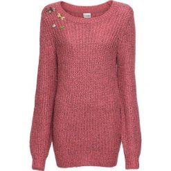 Sweter dzianinowy z odpinanymi broszkami bonprix malinowy. Czerwone swetry klasyczne damskie bonprix, z dzianiny. Za 109,99 zł.