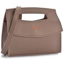 Torebka PATRIZIA PEPE - 2V7080/A2QF-I2L8 Noisette/Rose. Czarne torebki klasyczne damskie marki Patrizia Pepe, ze skóry. W wyprzedaży za 499,00 zł.