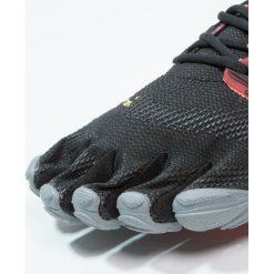 Vibram Fivefingers VTRAIN Obuwie treningowe black/coral/grey. Czarne buty sportowe damskie marki Vibram Fivefingers, z gumy, vibram fivefingers. Za 559,00 zł.