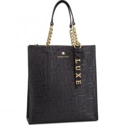 Torebka GUESS - HWBLCL L9104 BML. Czarne torebki klasyczne damskie marki Guess, z aplikacjami, ze skóry. Za 1049,00 zł.