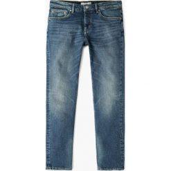 Mango Man - Jeansy Tim. Niebieskie jeansy męskie Mango Man. W wyprzedaży za 99,90 zł.