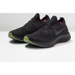 Nike Performance EPIC REACT FLYKNIT BE TRUE Obuwie do biegania treningowe black/pink blast/purple pulse. Czarne buty do biegania męskie Nike Performance, z materiału. Za 629,00 zł.